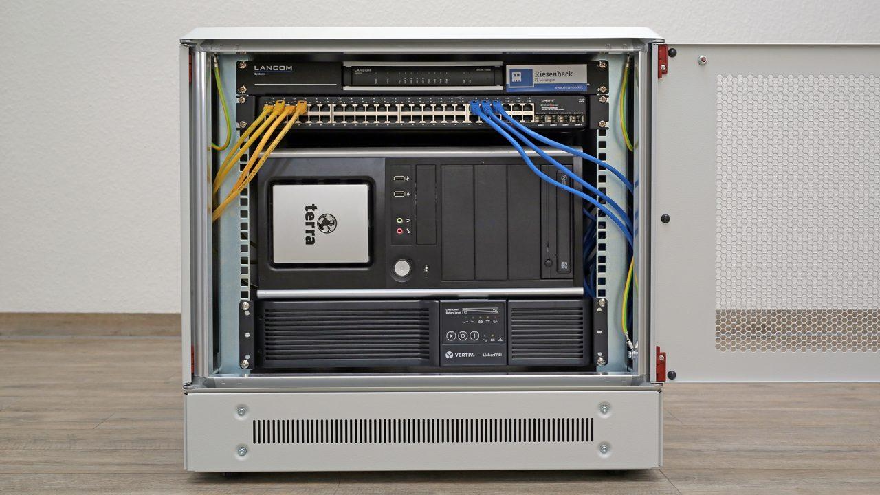 Mini-Serverschrank – Riesenbeck IT-Lösungen
